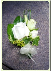 R006-白玫瑰襟花