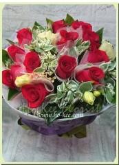 BR002-12枝圓型紅玫花束